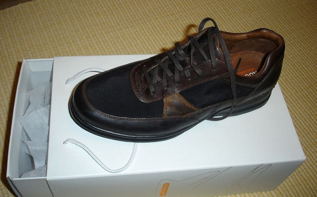 Rockport Metro Edge Brown Shoes