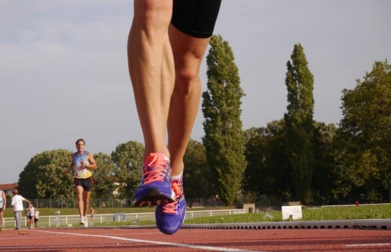 foot race athlete's calves