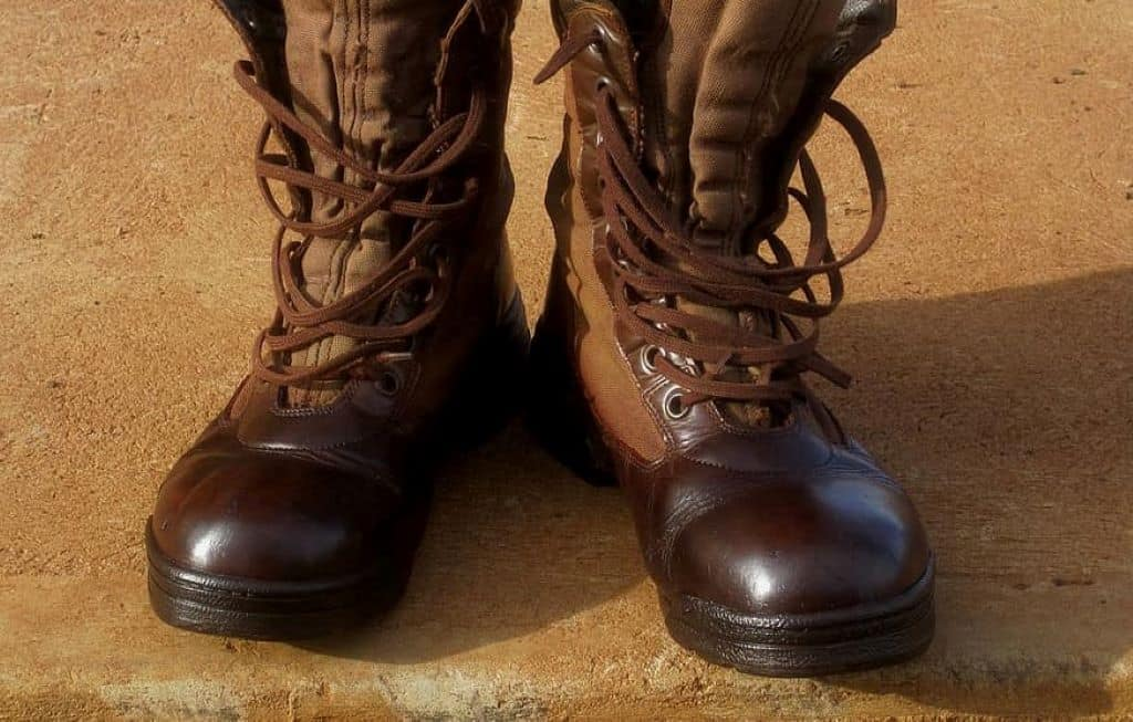 leather shiny and polished boots footwear with lace-ups